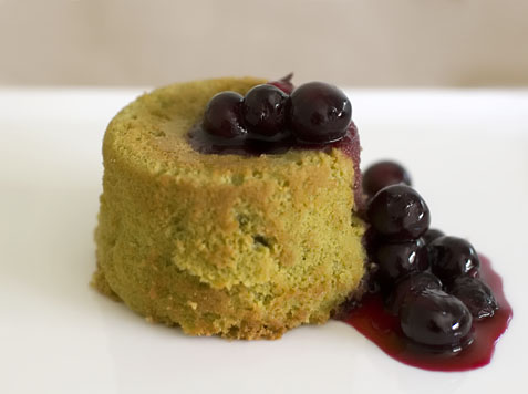 greenteacake-blueberries2.jpg